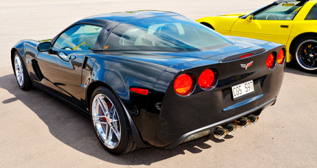 small-corvette-rear-vibrant
