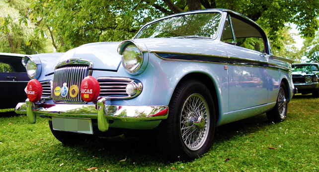 SUNBEAM-RAPIER-1961-frontside