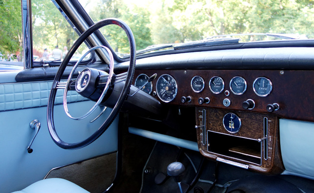 sunbeam-rapier-interior