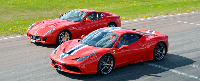 ferrari-599-vs-ferrari-458-red