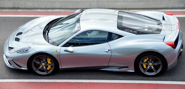 silverblue-458-in-mantorp-parks-pitlane